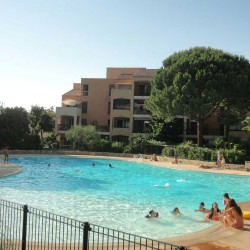 louer appartements studio vacances piscine cannes gites de france 06 alpes maritimes cote d azur paradisier