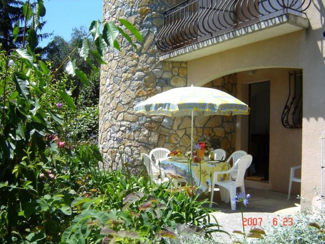 louer gite vacances cote d azur jardin cannes nice 06 appartement meuble sophia antipolis opio direct particulier eugenie
