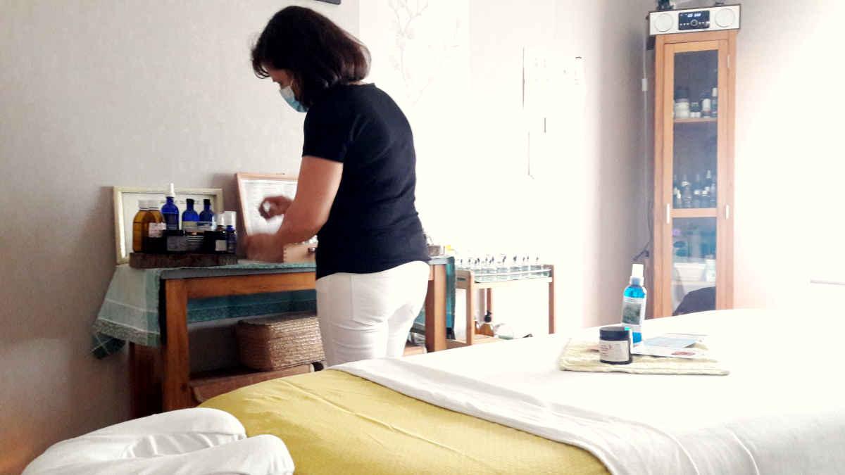 anne marie caridi massages aromatiques relaxation cote d azur 06 services