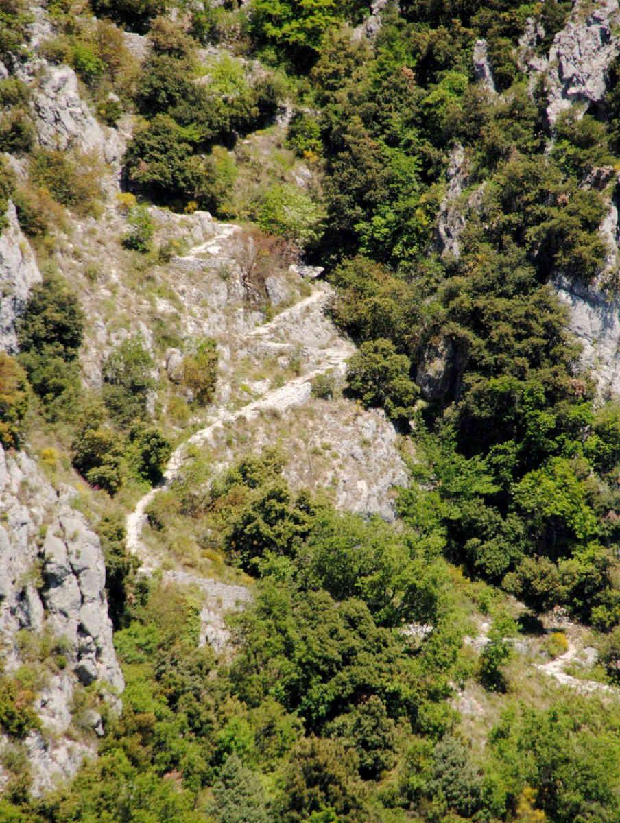 chemin paradis gourdon balades cote d azur sejour vacances blog